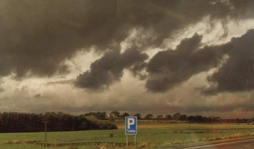 Les stratus peuvent aussi se former sous des nuages plus élevés, comme les nuages de pluie ou de n